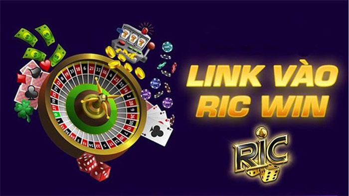 Ric win chơi game đánh bài đổi thưởng ngay